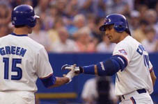 Shawn Green congratulating Jose after his homer on 6/22/98