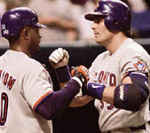 Patrick Lennon and Jose, after his 44th homer on 9/20/98 (AP)